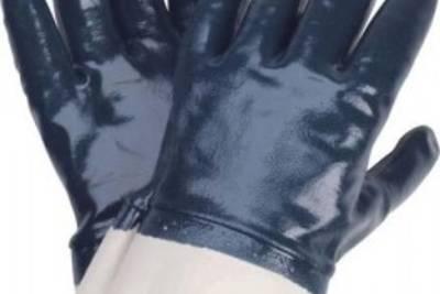 Нитриловые рабочие перчатки – кому они необходимы?