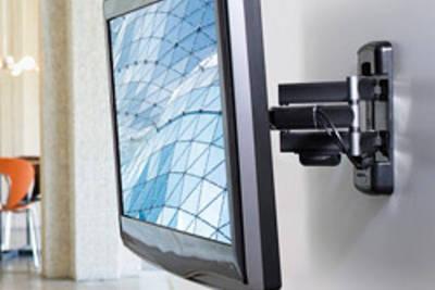 Крепление телевизора на стену своими руками с готовым кронштейном и без