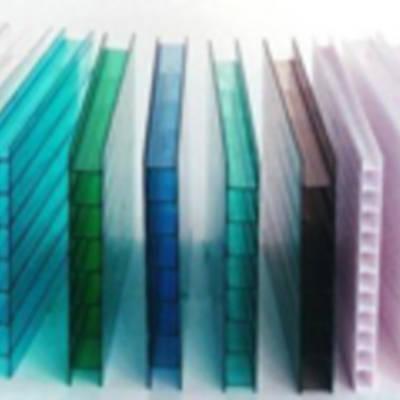 Полимерный пластик-поликарбонат: где применяется и как выбрать