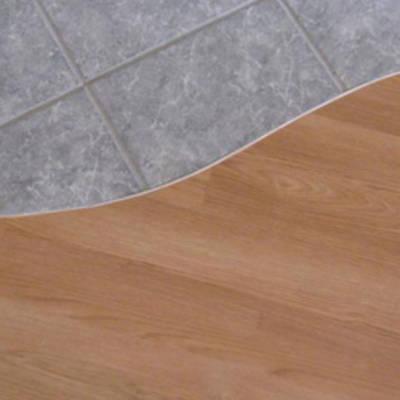 Как создать порожек между ламинатом и плиткой