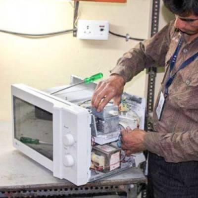 Ремонт микроволновки своими руками: когда стоит и можно ли, устройство печи, типичные случаи