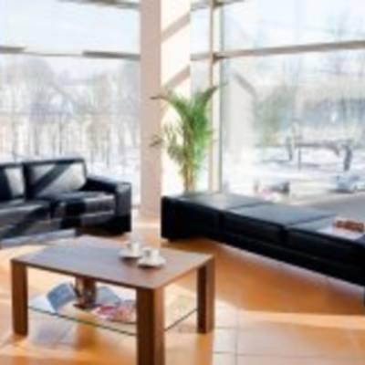 Функциональность и практичность офисной мягкой мебели