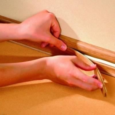Укладка плинтуса на пол: деревянного и пластикового