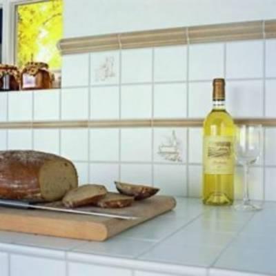 Какими свойствами должна обладать плитка для кухни?